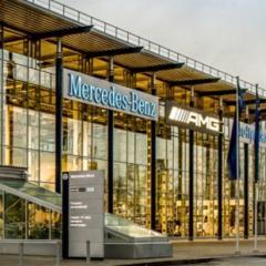 Автовыставочный комплекс Mercedes-Benz и Porsche